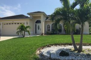 30020, Ferienhaus: Villa Three Palms