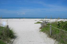 شاطئ المنارة